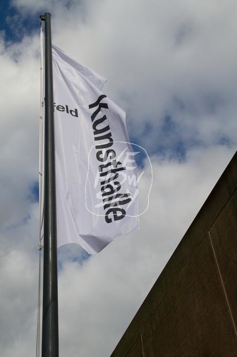 Flaggen an der Kunsthalle