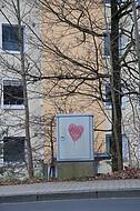 Herz auf Stromkasten