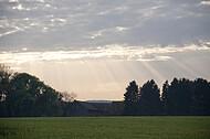 Abendsonne über Bauernhaus