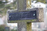 Grabkreuz mit Inschrift