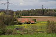Bauernhaus im Frühling