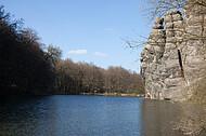 Fels im Wasser