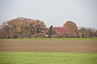 Bauernhaus im Herbst