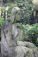 Trauernde Figur